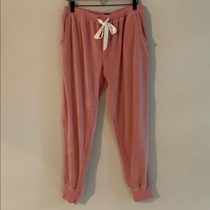 Love to Lounge blush pink velour joggers.